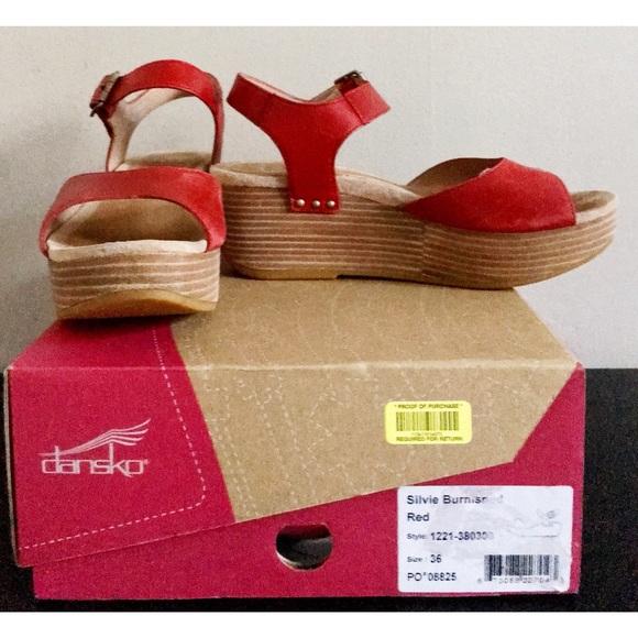 e0aa5c9ac3a Dansko Shoes - Dansko Sylvie Platform Sandal Burnished Red 36